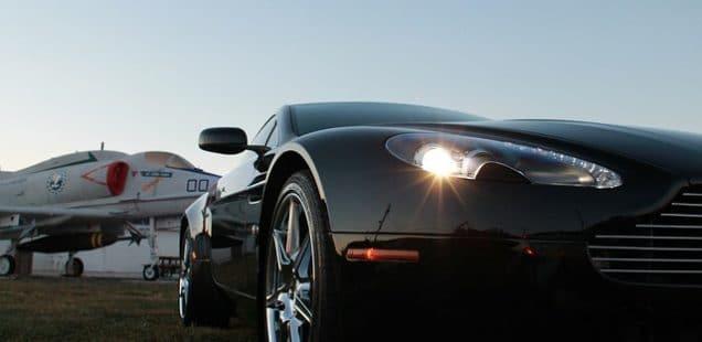 Hvilken bil kører James Bond i næste gang?